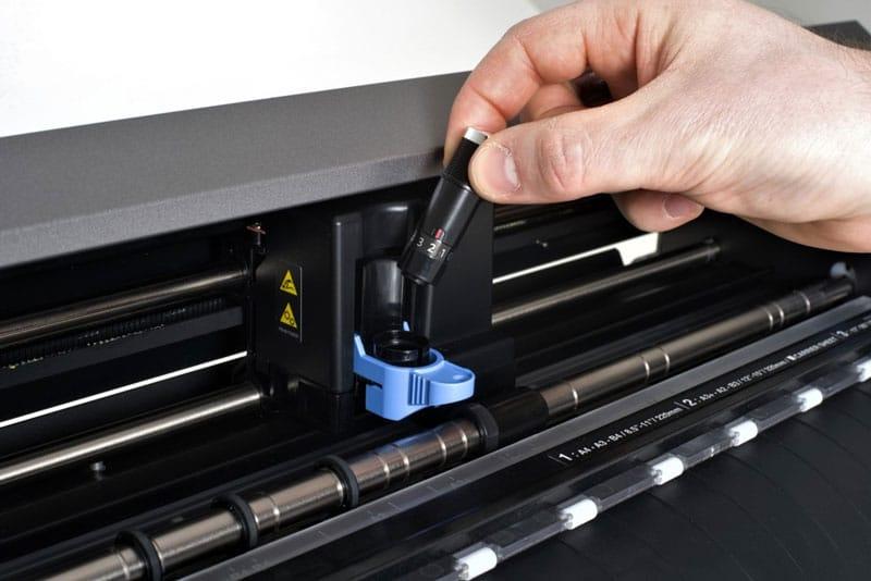 Máy cắt bế decal Nhật giá rẻ Graphtec CE Lite-50